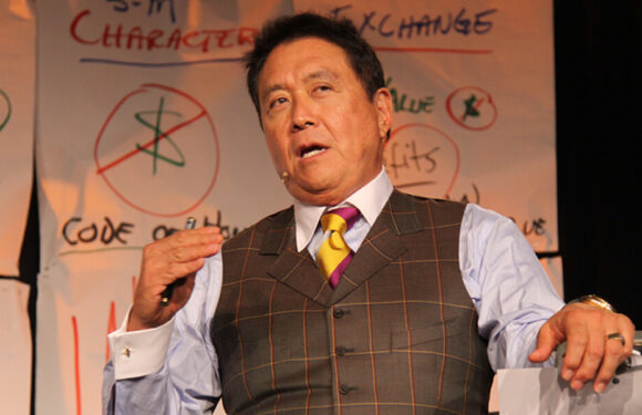 'Greatest accident in world history': Personal finance specialist Robert Kiyosaki predicts economic emergency in October